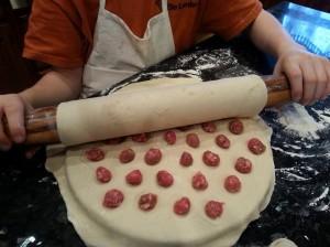 Rolling Pelmeni mold