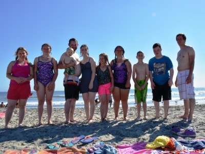 Simmons kids at the beach