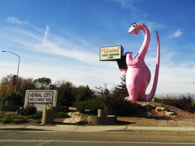 brontosaurus by Jack Simmons